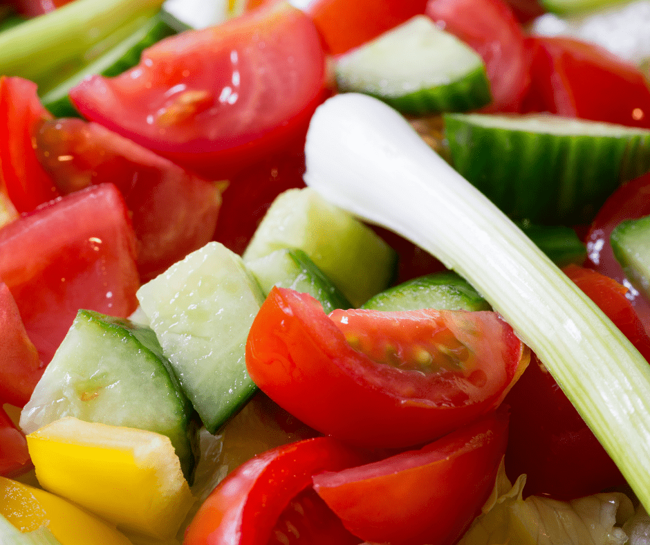All about onions in salad